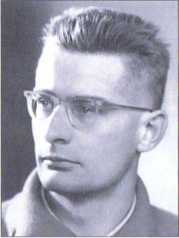"""Der Schriftsteller und Alpinist Heinrich Klier gestaltete im österreichischen Rundfunk heimatkundliche Sendungen über Tirol. Er gehörte zu den ersten Männern des """"Befreiungsausschusses Südtirol"""" (BAS)."""