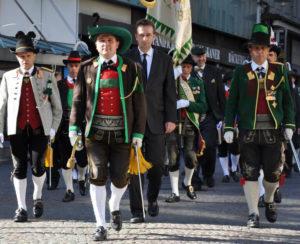 Bundesversammlung des Südtiroler Schützenbundes im Waltherhaus in Bozen am 28. April 2012 mit Erzherzog Karl als Ehrengast (Foto: schuetzen.com)