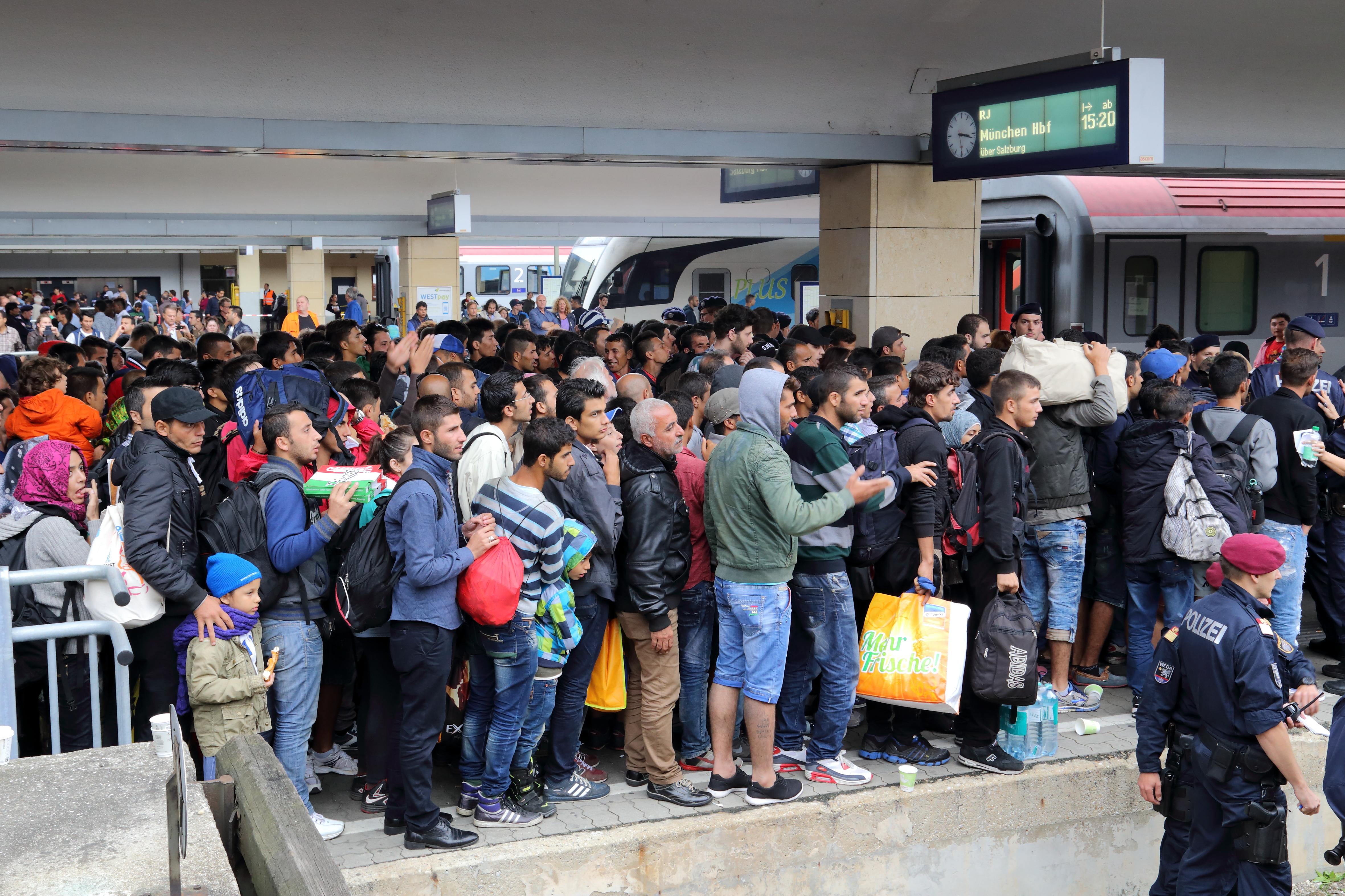 Tausende Migranten kehren aus Griechenland in ihre Heimat zurück
