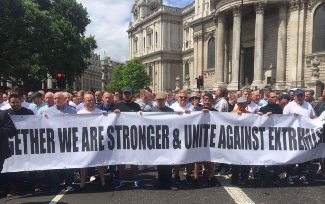 London: 10.000 demonstrieren gegen den Islam – Medien schweigen