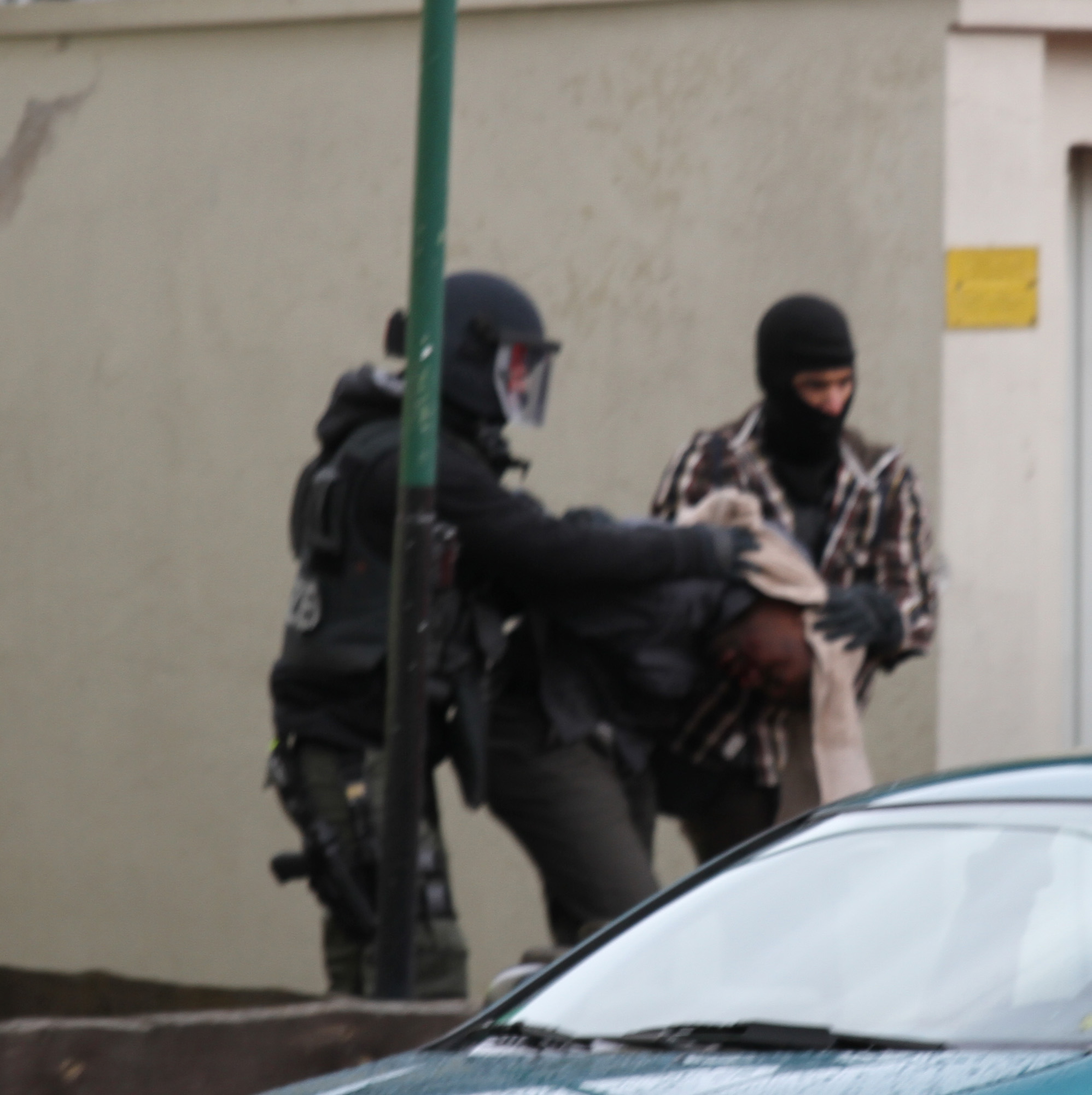 """England: 9 Verhaftungen täglich wegen """"Hasskommentaren"""""""