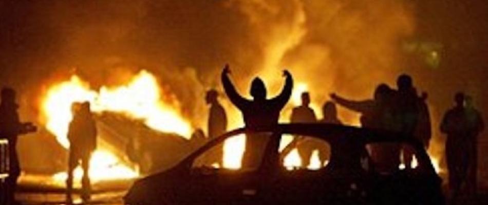 Dünkirchen: Flüchtlingsdorf abgebrannt