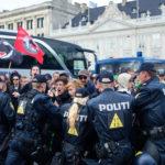 "Berlin ""trotzt"" Coronavirus: Linksradikale mit Demo und Randale gegen Polizisten"