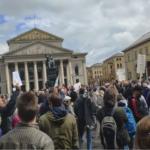 Corona-Querfront: Linke und Rechte zusammen für die Freiheit in München!