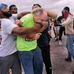 """""""Black Lives Matter""""-Demonstranten attackieren betende Katholiken"""