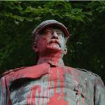 """""""Friedliche"""" BLM-Aktivisten schänden Bismarck-Denkmal in Hamburg"""