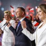Dudagewinnt in Polen gegen Berlin, Brüssel und Soros