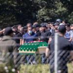 Wenn Corona-Maßnahmen Pause machen: 750 Trauergäste bei Clan-Beerdigung