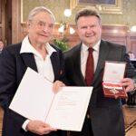 "Wiens Bürgermeister Michael Ludwig als ""Soros-Freund"""