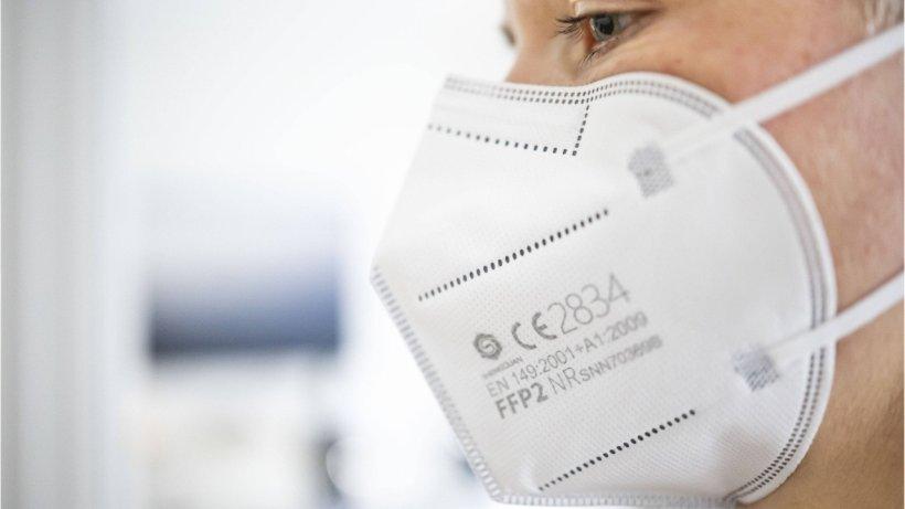 Experten und Hersteller warnen: FFP2-Masken schützen NICHT vorViren!
