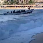 Gran Canaria am helllichten Tag: Migrantenboot landet an der Playa de Amadores