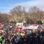 Corona-Proteste nicht mehr aufzuhalten: Tausende Bürger trotzen erneut Demo-Verboten in Wien