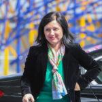 Věra Jourová kündigt baldige Sanktionen gegen Ungarn und Polen an