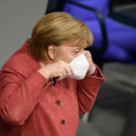 """Merkel: EU-Impfpass """"möglichst"""" bis Sommer und droht mit """"Impfungen über Jahre"""""""