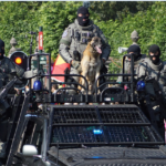 Belgien: Polizei mit Wasserwerfern, Tränengas und Hunden gegen friedliche Bürger