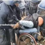 Polizei: Bei Clan-Hochzeit die Hosen voll – bei Rollstuhlfahrer stark