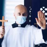 """USA: Erzdiözese schreibt vor, dass nur """"Geimpfte"""" am Altar dienen dürfen"""